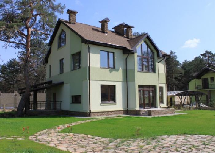 Купить дом в лесу
